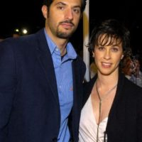 """También apareció en """"Sex and The City"""", le dio un beso a Sarah Jessica Parker. Foto:vía Getty Images"""