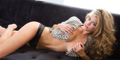 La modelo Nina Agdal le regaló una foto totalmente sin ropa a sus seguidores
