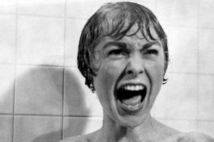 Una desleal empleada de una inmobiliaria escapa con un fajo de dinero para comenzar una nueva vida, pero termina en el oscuro motel Bates. Foto:vía Netflix