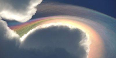 5. Este fenómeno se conoce como nube iridesente, fue registrada en Jamaica este mes. Foto:Vía Facebook.com/beckie.dunning