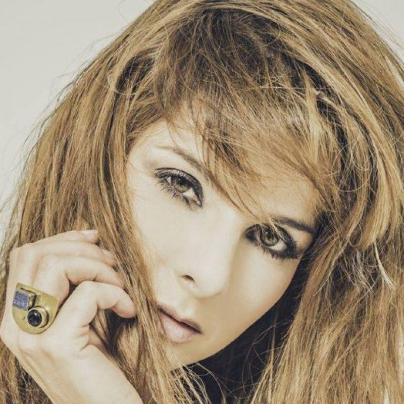 Es presentadora, modelo y empresaria. Foto:vía Twitter/Carolina Cruz