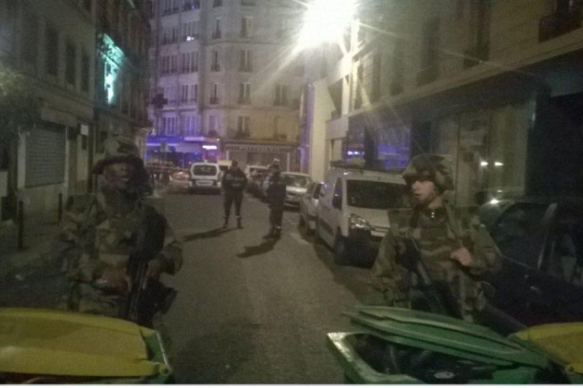 Las fuerzas militares también se han puesto en camino. Foto:vía Twitter