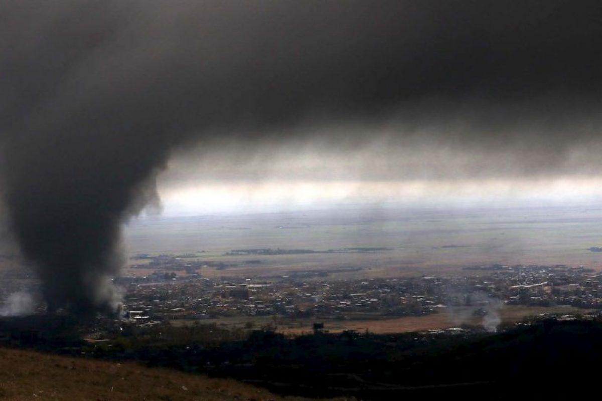 Humo tras bombardeos en Irak. Foto:AFP
