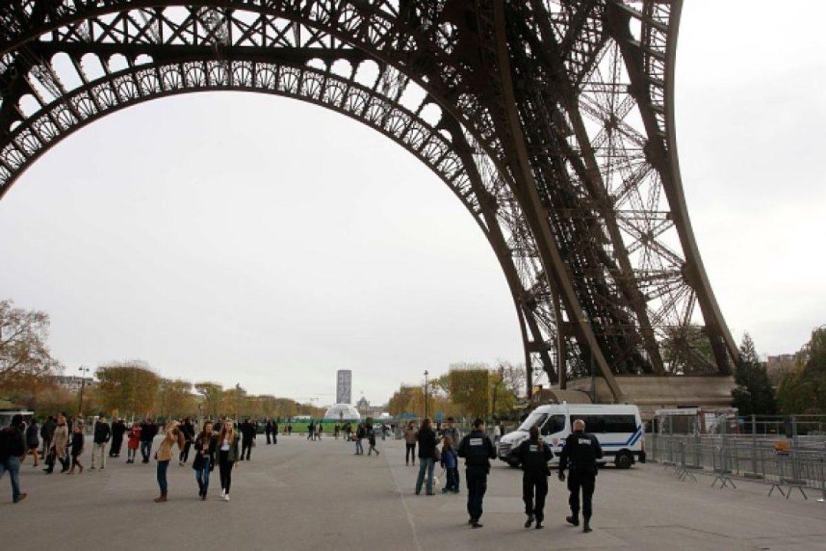 Las cuales estaban llenas de policías. Foto:Getty Images