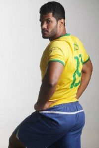 Las pompas de Hulk miden 111 centímetros. Foto:Twitter