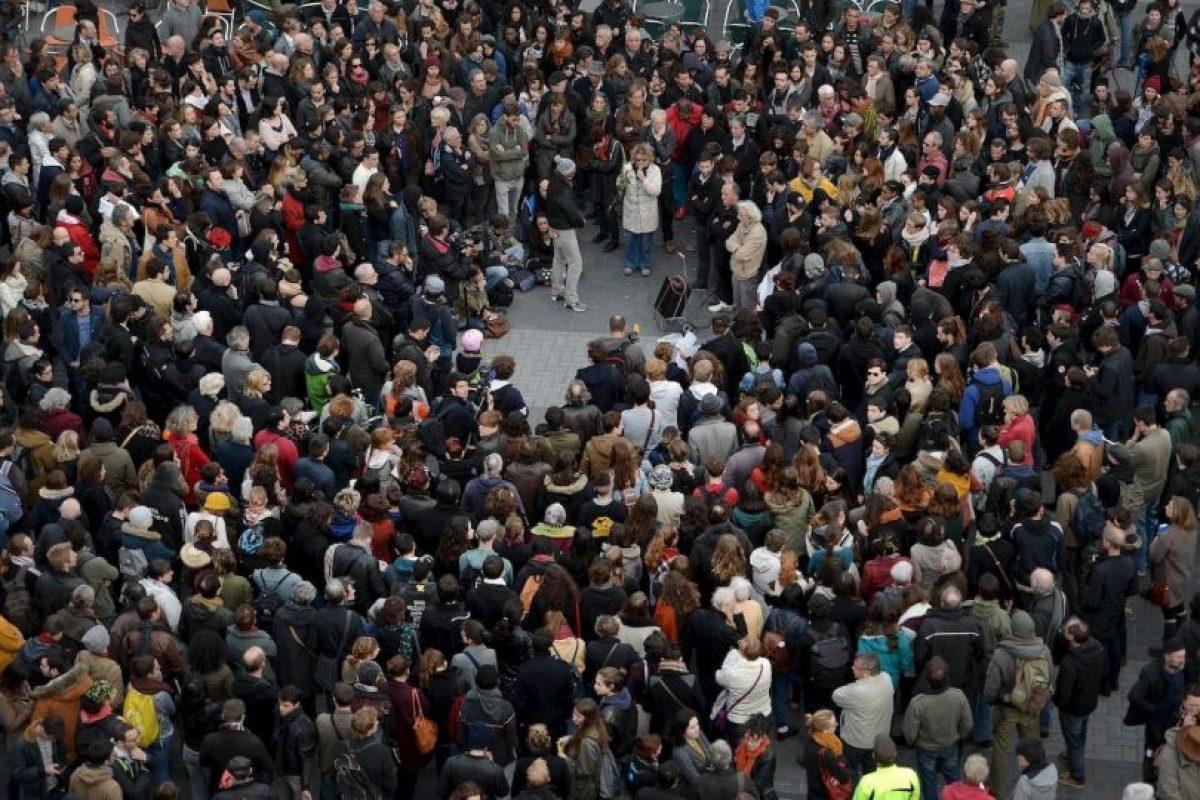 300 personas están heridas, 99 de ellas de gravedad. Foto:AFP