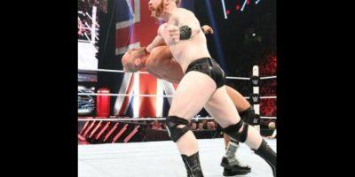 Ahora es uno de los rudos más fuertes del entretenimiento deportivo Foto:WWE