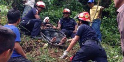 Aspirante a policía herido de bala es rescatado de un barranco
