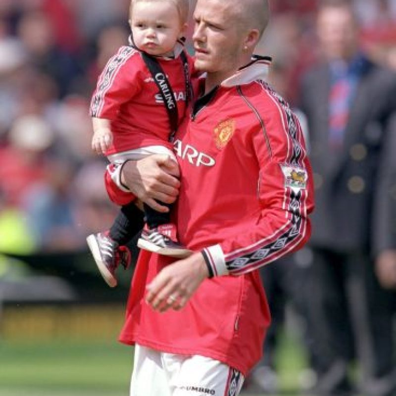 Es el primogénito del futbolista con su mediática esposa, Victoria Adams. Foto:Getty Images