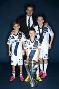 Tiene tres hermanos: Romeo, Cruz y la pequeña Seven Harper. Foto:Getty Images