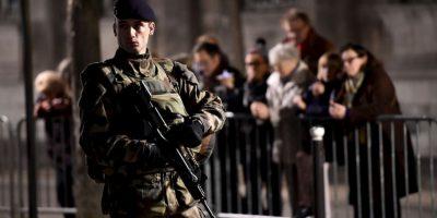 Múltiples policías atendieron la falsa alarma. Foto:Getty Images