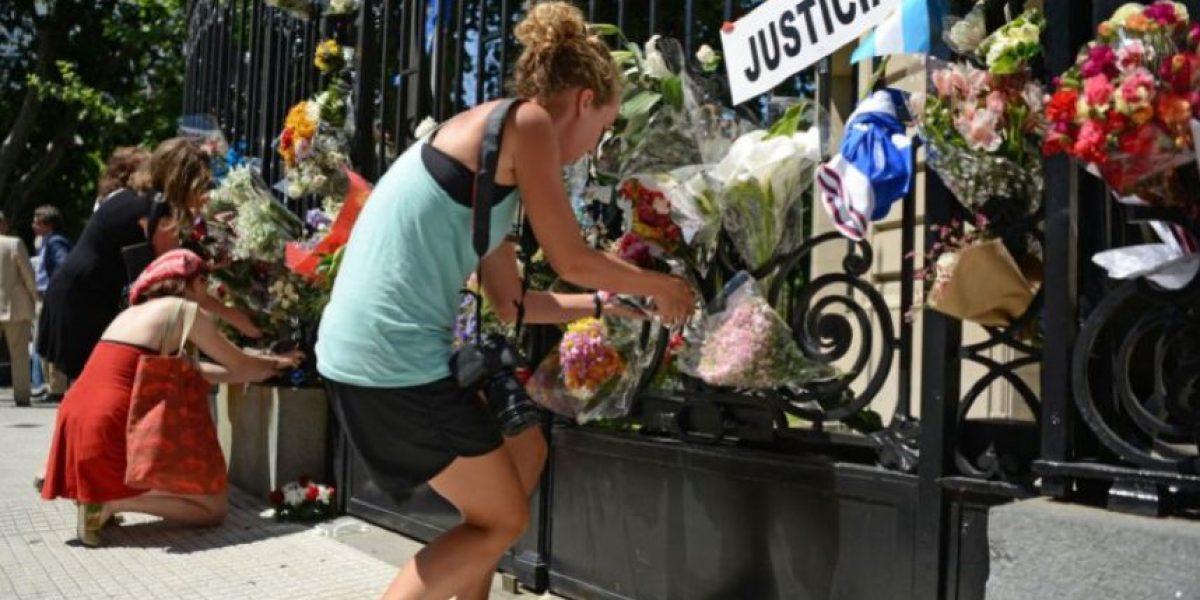 Habla el autor del ícono de solidaridad por atentados en París