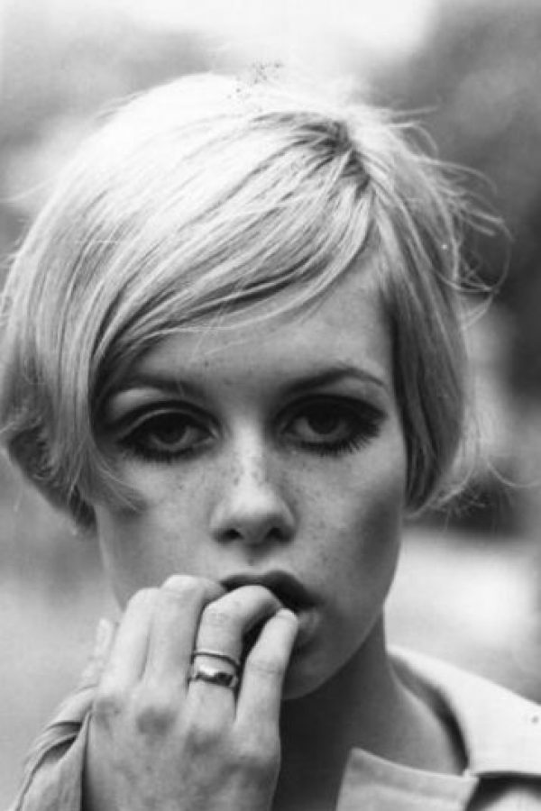 Twiggy o Leslie Lawson fue la primera supermodelo. Foto: vía Getty Images