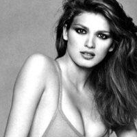 Gia Carangi fue una de las pocas bellezas morenas de comienzos de los 80 que se hizo famosa por ser distinta. Foto:vía Getty Images