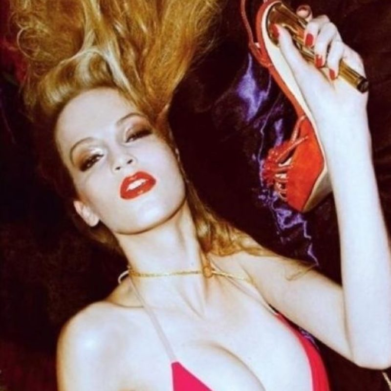 Jerry Hall, aparte de ser la ex de Mick Jagger, fue otra gran modelo de los 70. Foto:vía Getty Images