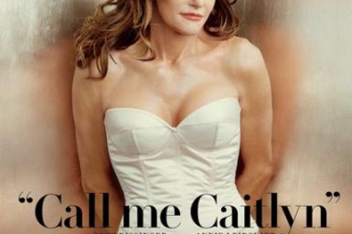 En junio, luego de confesar que había iniciado su transición al sexo femenino, se presentó como una mujer llamada Caitlyn. Foto:Vanity Fair