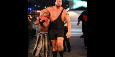 El combate fue pactado en Raw, luego de que Floyd atacara a Big Show en No Way Out 2008, para defender a su amigo, Rey Mysterio. Foto:WWE