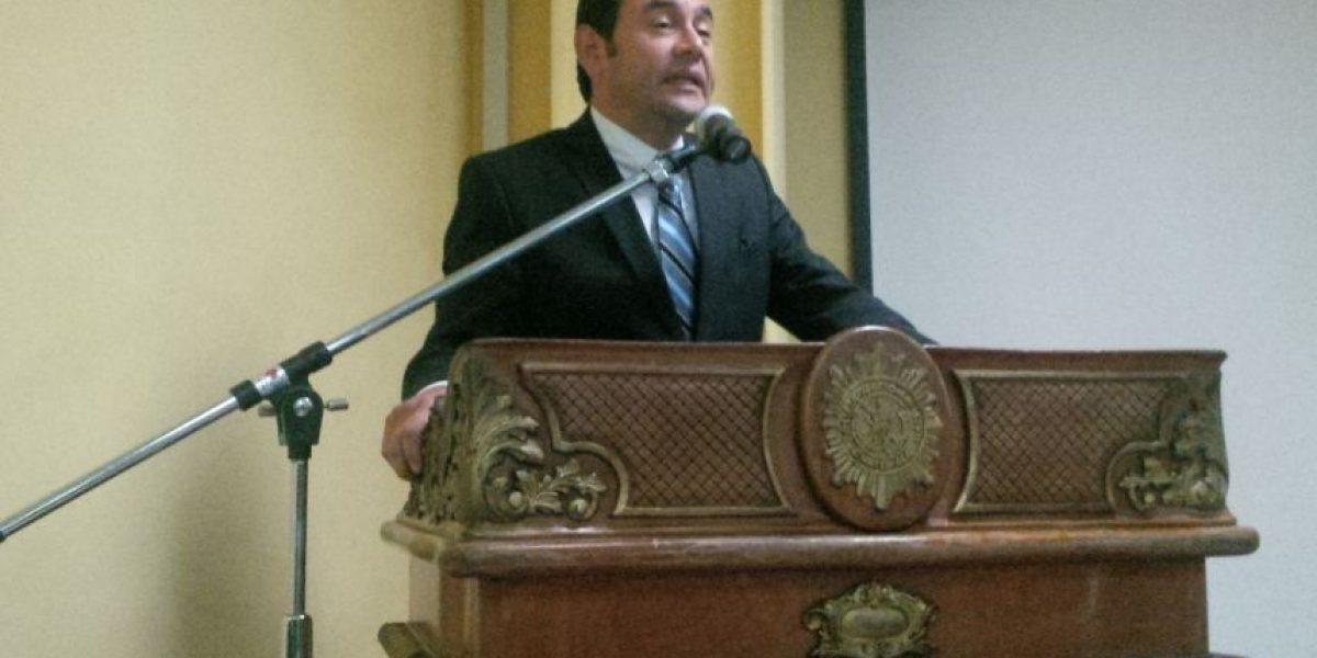 """Jimmy Morales se reúne con jefes de la Policía y destaca su labor """"digna"""""""