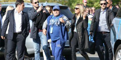 Maradona se somete a una cirugía que duró tres horas
