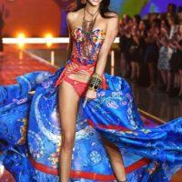 Kendall cumplió su sueño de ser una top model. A sus 20 años ya desfiló con marcas como Balmain, Chanel y Victoria's Secret Foto:vía instagram.com/kendalljenner