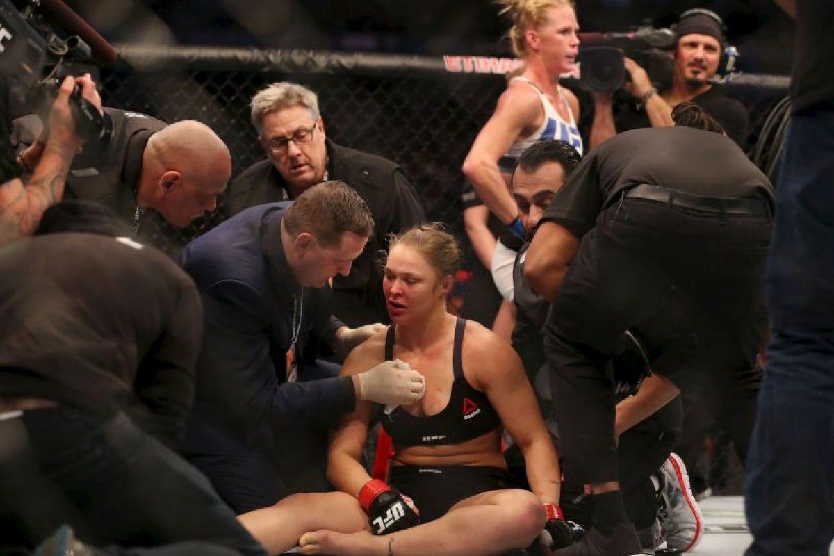 Ronda Rousey cedió la corona en la UFC Foto:Getty Images