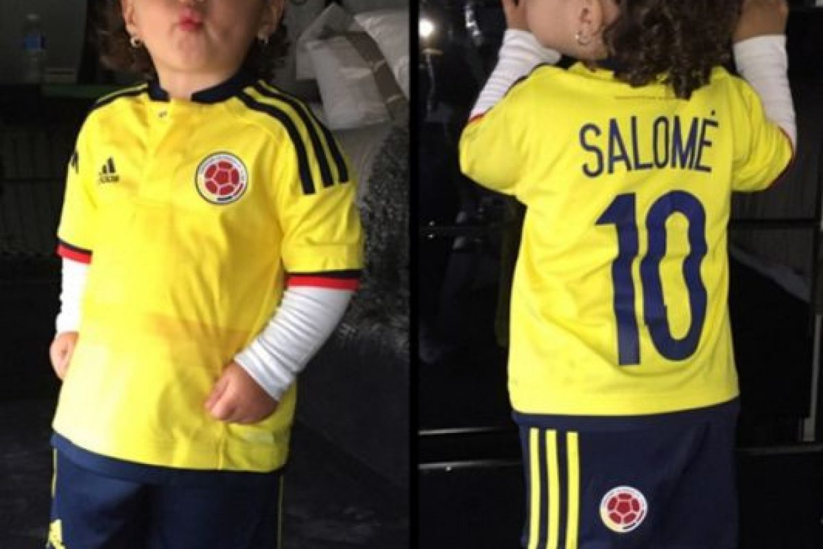 Salomé es niña, pero es idéntica a su famoso padre. Foto:Vía instagram.com/jamesrodriguez10