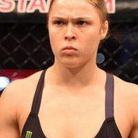 La hasta ayer, campeona invicta de la UFC, perdió su título al caer noqueada en el segundo round de una pelea en la que nunca se encontró. Foto:Getty Images