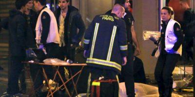 """Al menos 100 personas fallecieron en la sala de conciertos """"Bataclán"""". Foto:AP"""