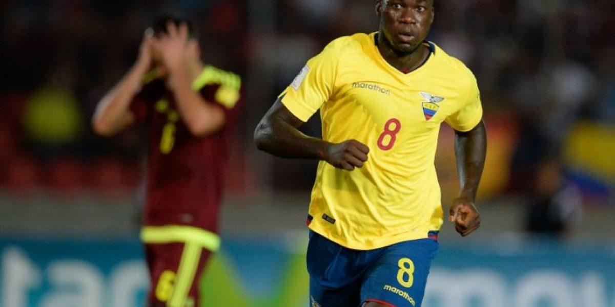 Ecuador sigue con marca perfecta y Argentina vuelve a la pelea