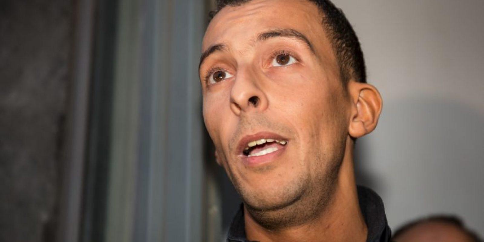 Su hermano Mohamed Abdeslam le pidió entregarse a la justicia. Foto:AP
