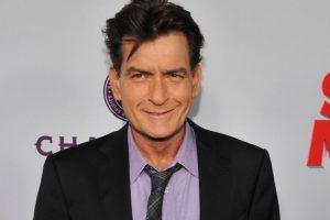 Charlie Sheen acepta que es portador de VIH Foto:AP