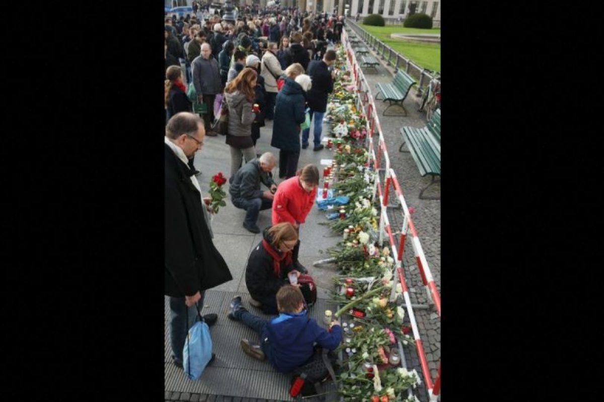 """El presidente Francois Hollande declaró en discurso desde el Palacio de Versalles que: """"No destruirán a la República. La República destruirá al terrorismo"""". Foto:Getty Images"""