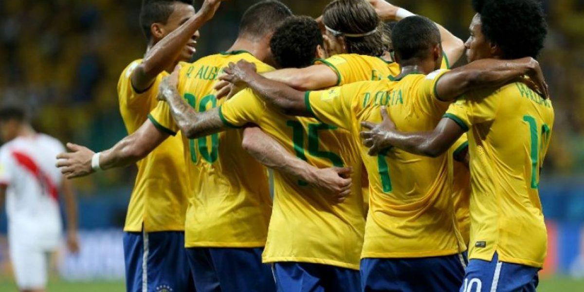 Brasil golea a Perú y vuelve a la pelea en la eliminatoria hacia Rusia