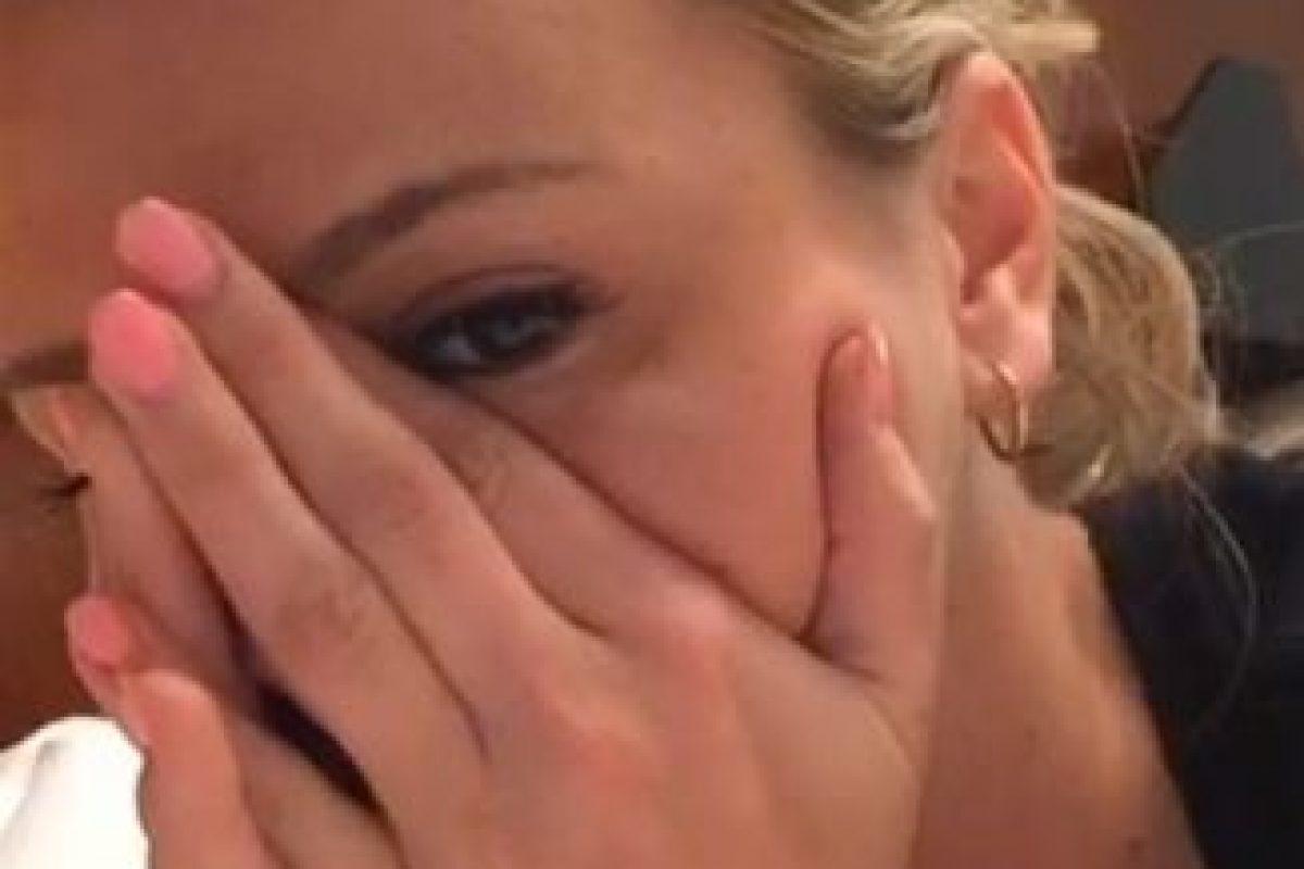 En un breve video, la joven actriz abre el sobre de su prueba de VIH y le confirma a sus fans que el resultado es negativo. Foto:instagram.com/breeolson