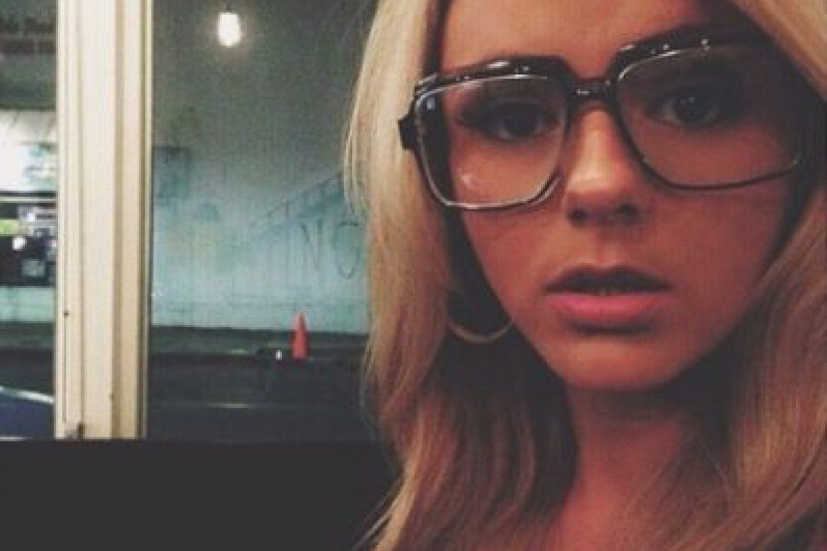 En este clip, Bree se confiesta molesta y cansada por la presión. Foto:instagram.com/breeolson