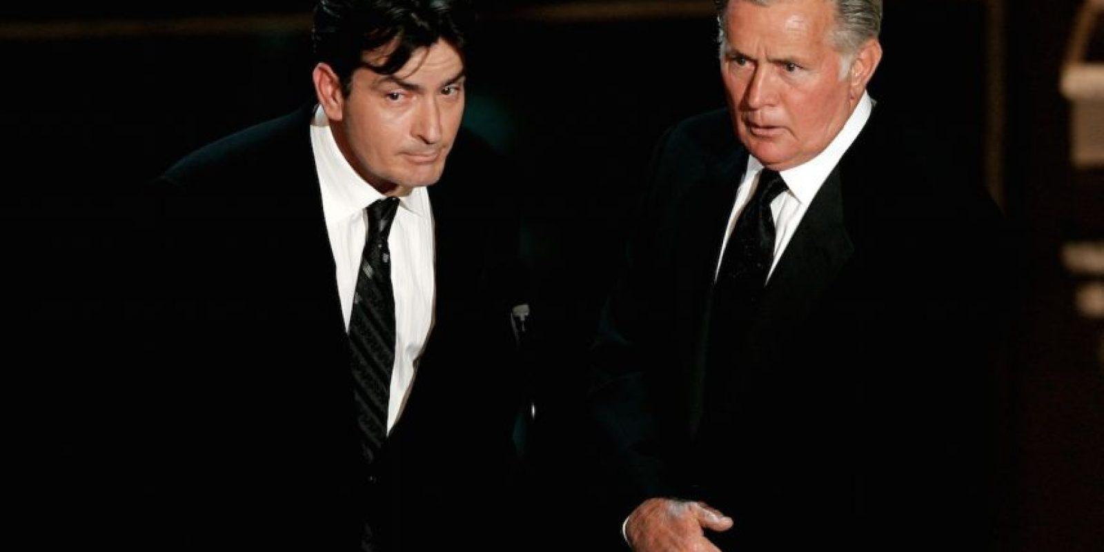 """""""Cuando lo vi solo, revelando su secreto más oscuro y profundo, no podía creer el nivel de valentía del que estaba siendo testigo y que era mi hijo. Le dejé un mensaje y le dije que si yo tuviera tanta valentía, cambiaría el mundo"""", declaró el actor Martin Sheen. Foto:Getty Images"""