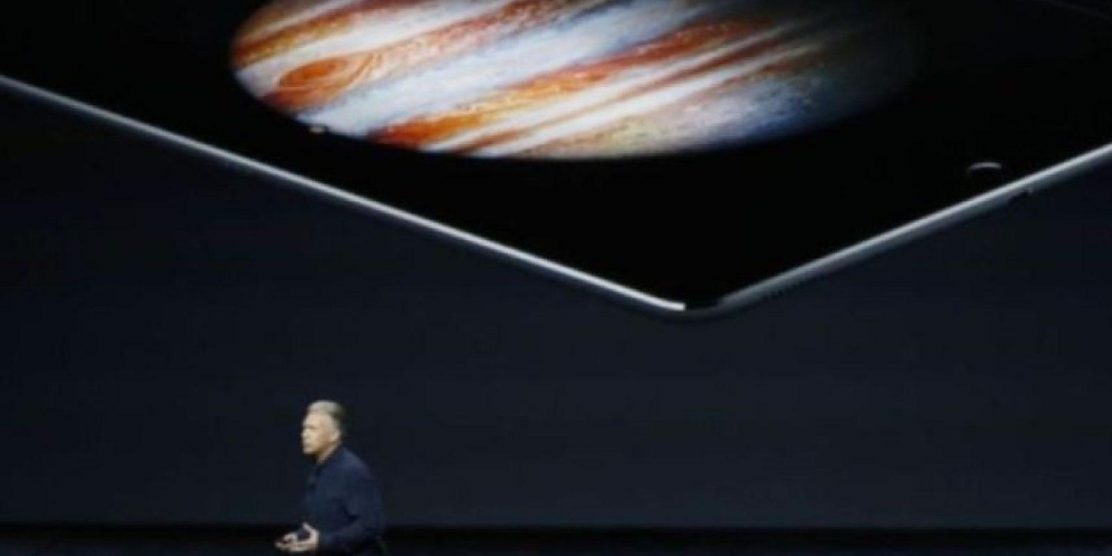 713 gramos (1.57 libras) pesa el modelo Wi-Fi. Foto:Apple