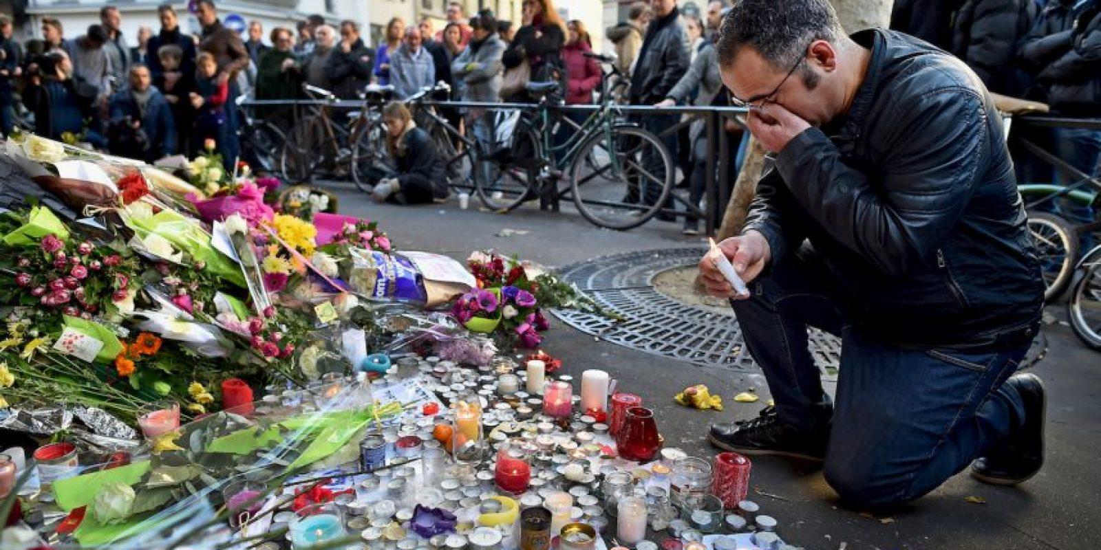"""""""La guerra ha estallado, prepárense. El pueblo francés es más fuerte que nada"""", amenazó Anonymous en esta ocasión. Foto:Getty Images"""