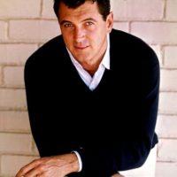 Rock Hudson fue uno de los grandes galanes del cine clásico. Se casó en los años 50 con su secretaria para acallar los rumores sobre su homosexualidad. Foto:vía Getty Images