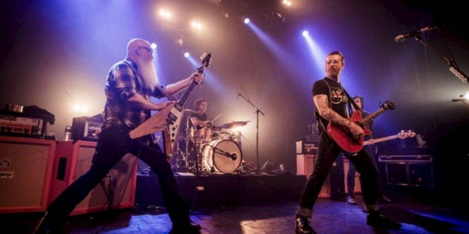 Antes de que todo fuera cruel, el concierto tenía un ambiente lleno de alegría. Foto:Vía Facebook.com/manuwino