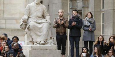 Describa al o los atacantes: ropa, tipo de armas, lo que dicen Foto:AFP