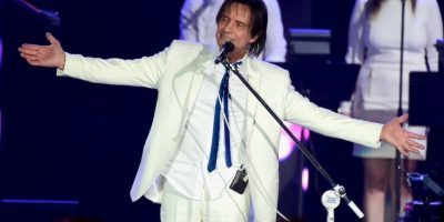 """El cantante de 74 recibió el reconocimiento a """"Persona del año"""". Foto:Getty Images"""