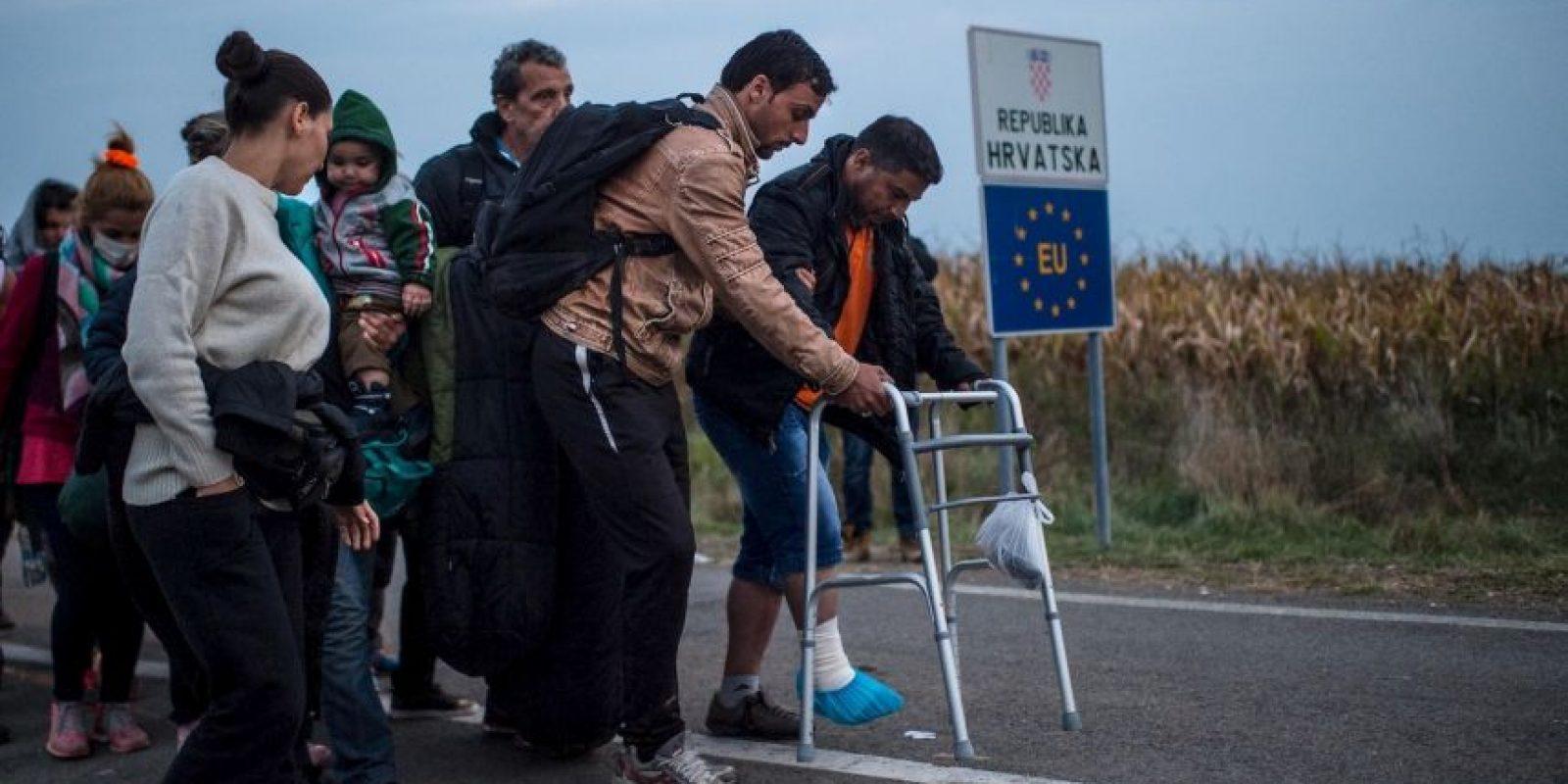 """9. Según la ACNUR, """"solamente en octubre, el 93,5 por ciento de los solicitantes de asilo provino de los principales cinco países de los que proceden los refugiados, incluidos un 53,5 por ciento de Siria, un 29,6 por ciento de Afganistán y un 9,9 por ciento de Irak"""". Foto:Getty Images"""
