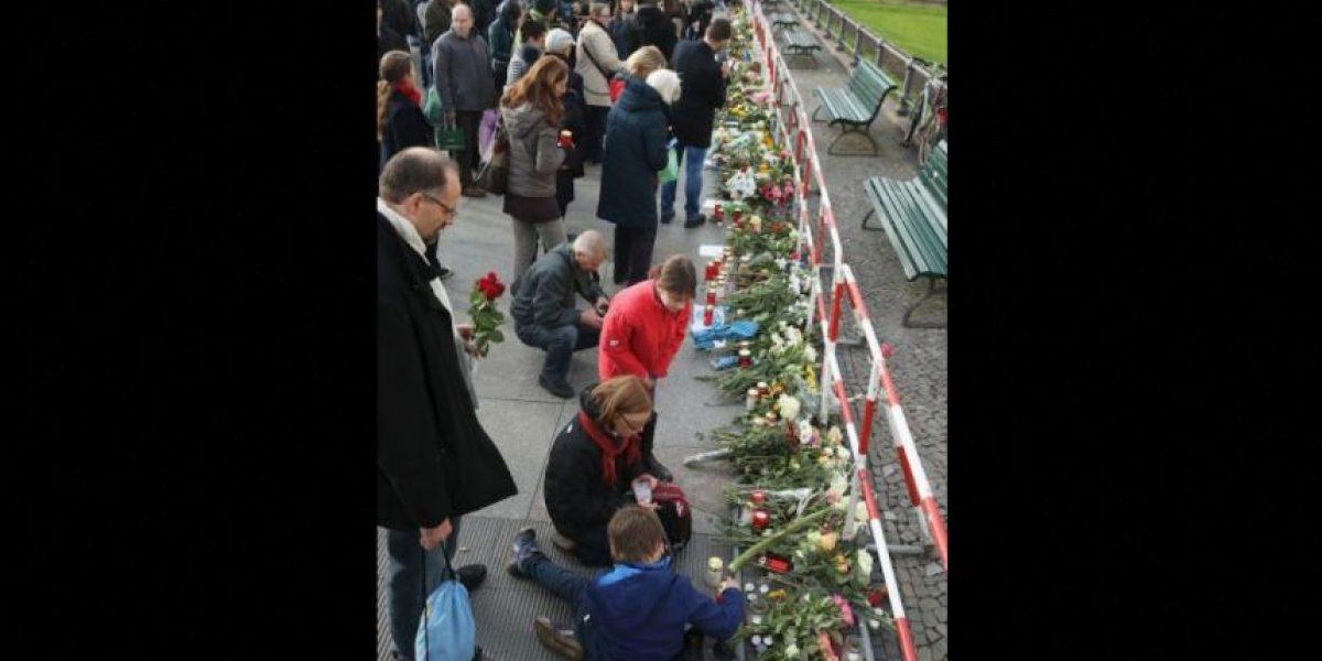 Así fue como el atentado unió a los turistas y a los parisinos