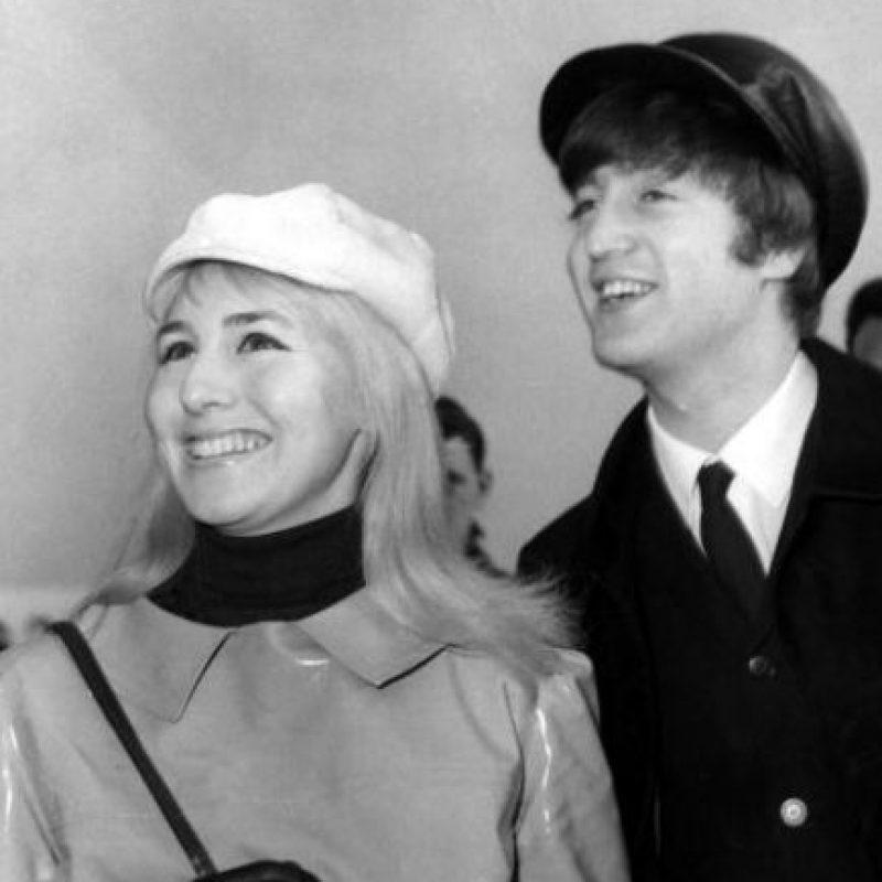 Se casó con Cynthia muy joven y pronto la vio como un estorbo en su carrera y su vida. Foto:vía Getty Images
