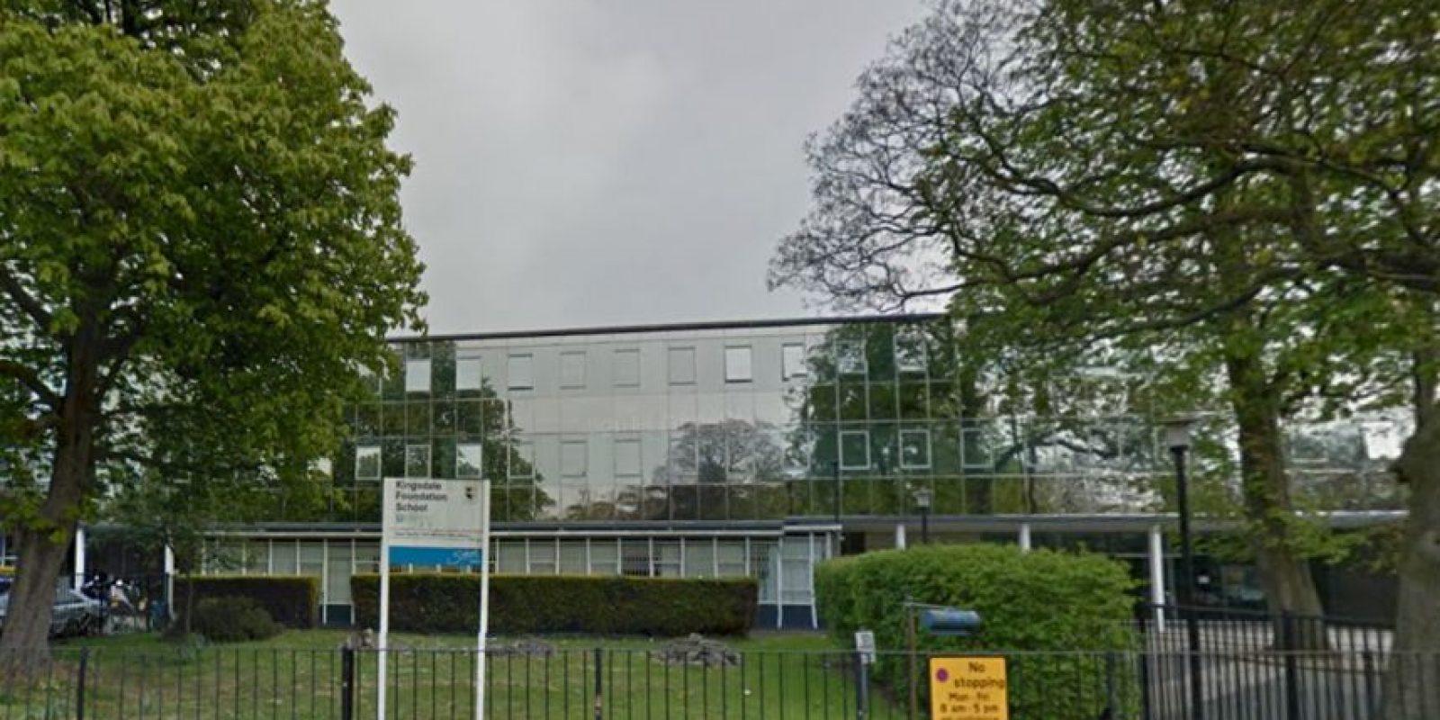 Un tercer adolescente fue arrestado y trasladado a una comisaría del sur de Londres. Foto:Vía Google Maps