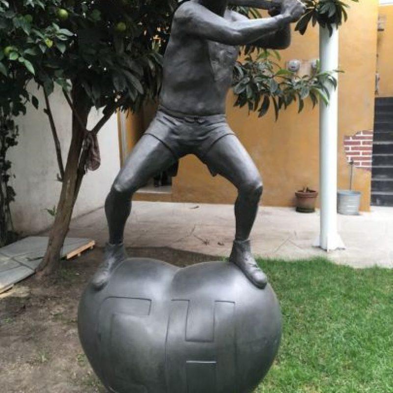 """Una estatua del """"Chapulín Colorado"""". Foto:Nicolás Corte"""