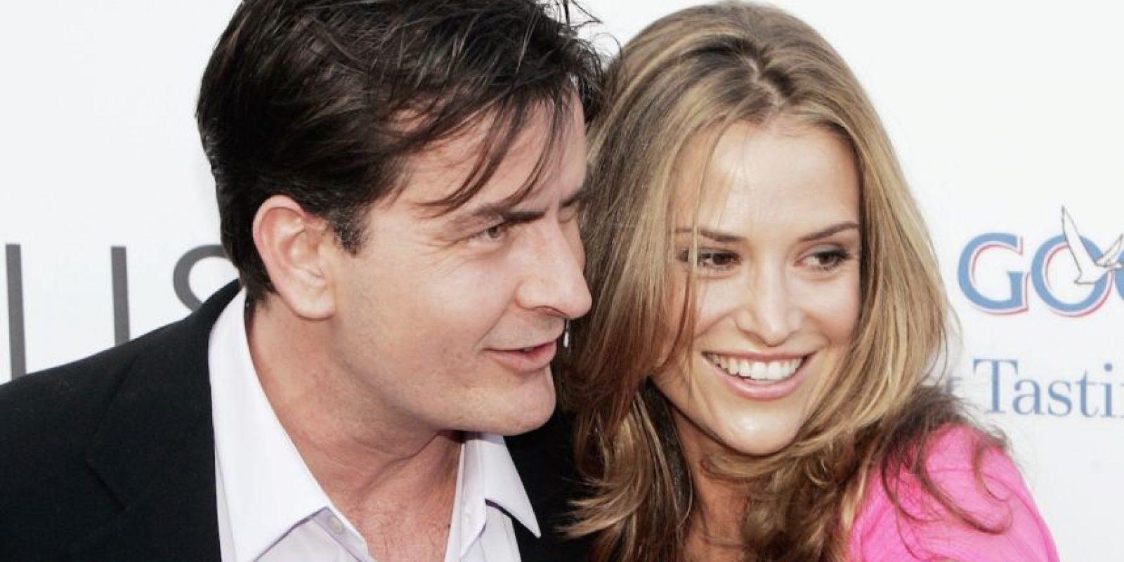 En 2006, tras superar su divorcio se hizo novio de la actriz Brooke Mueller Foto:Getty Images