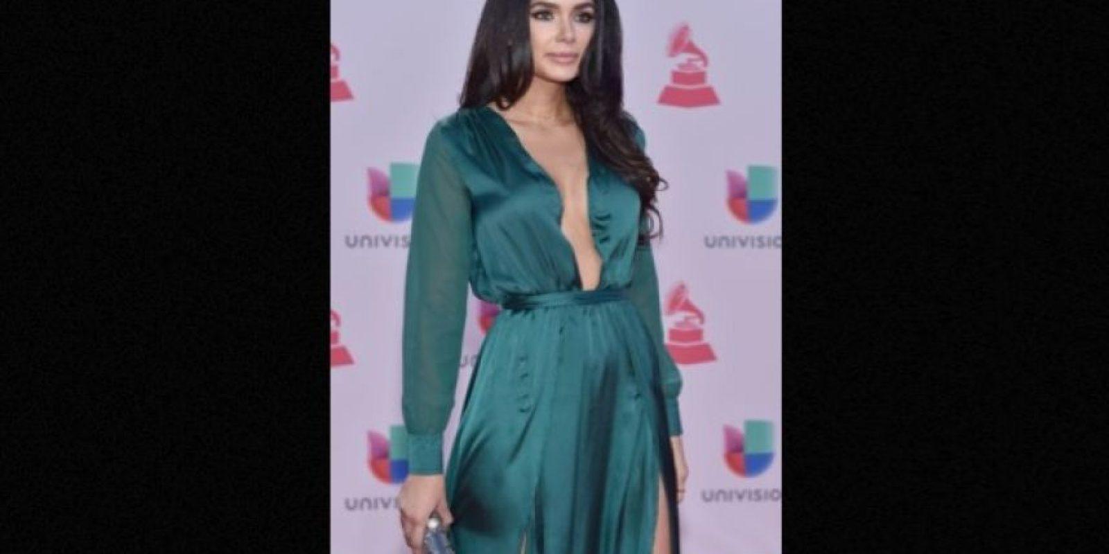 Jamillette Gaxiola dejó poco a la imaginación con este vestido verde Foto:Getty Images