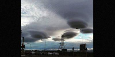 """3. Nubes """"ovnis"""" Foto: Twitter.com/Rory_OB1"""